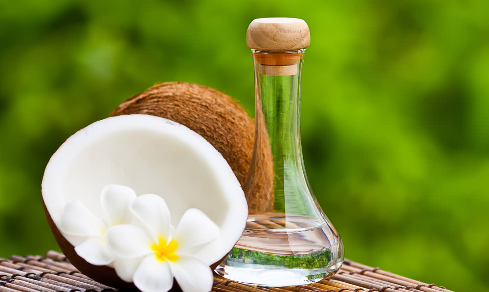The Surprising Benefits and Uses of Coconut Oil