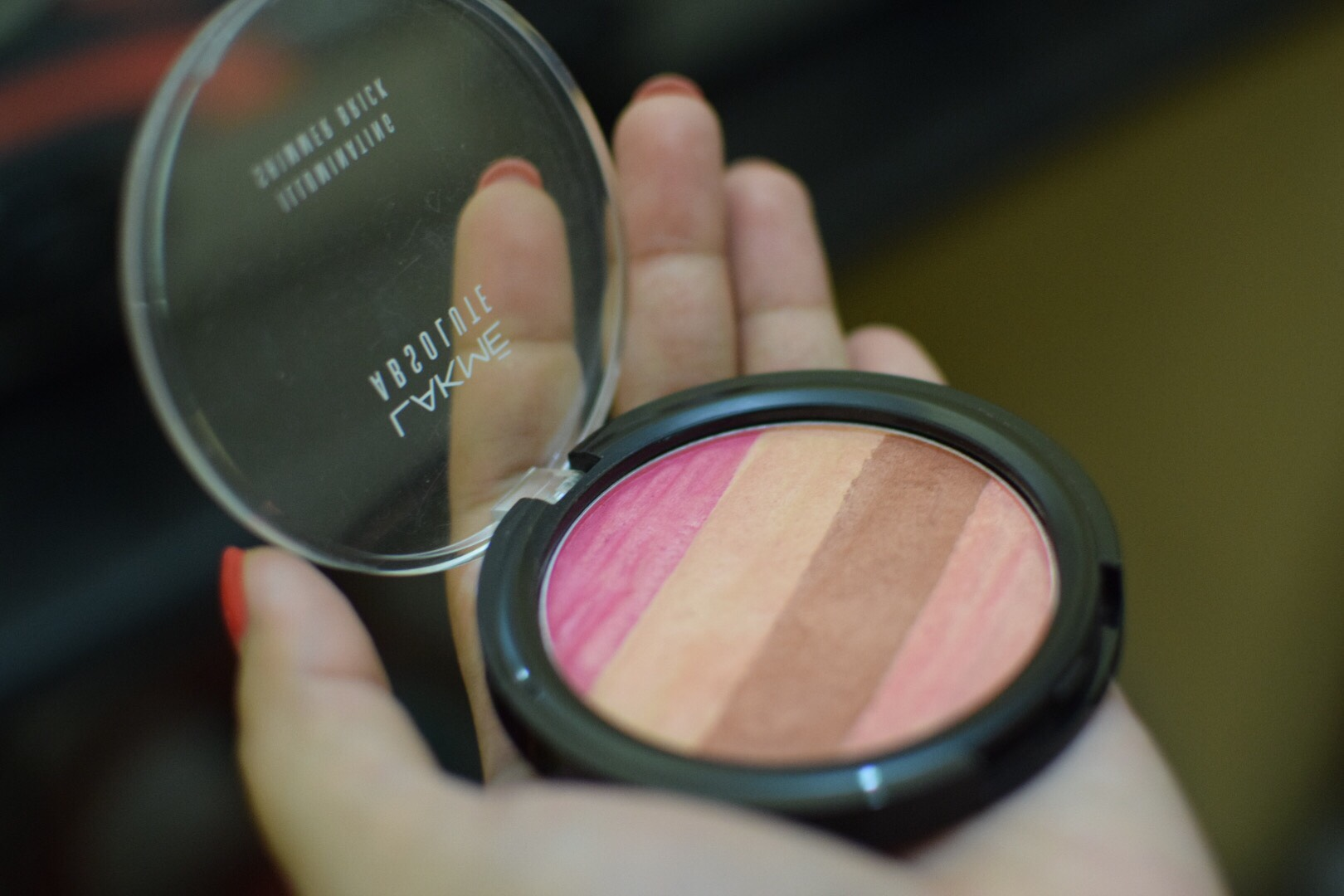 Lakme Absolute Illuminating Blush Shimmer Brick