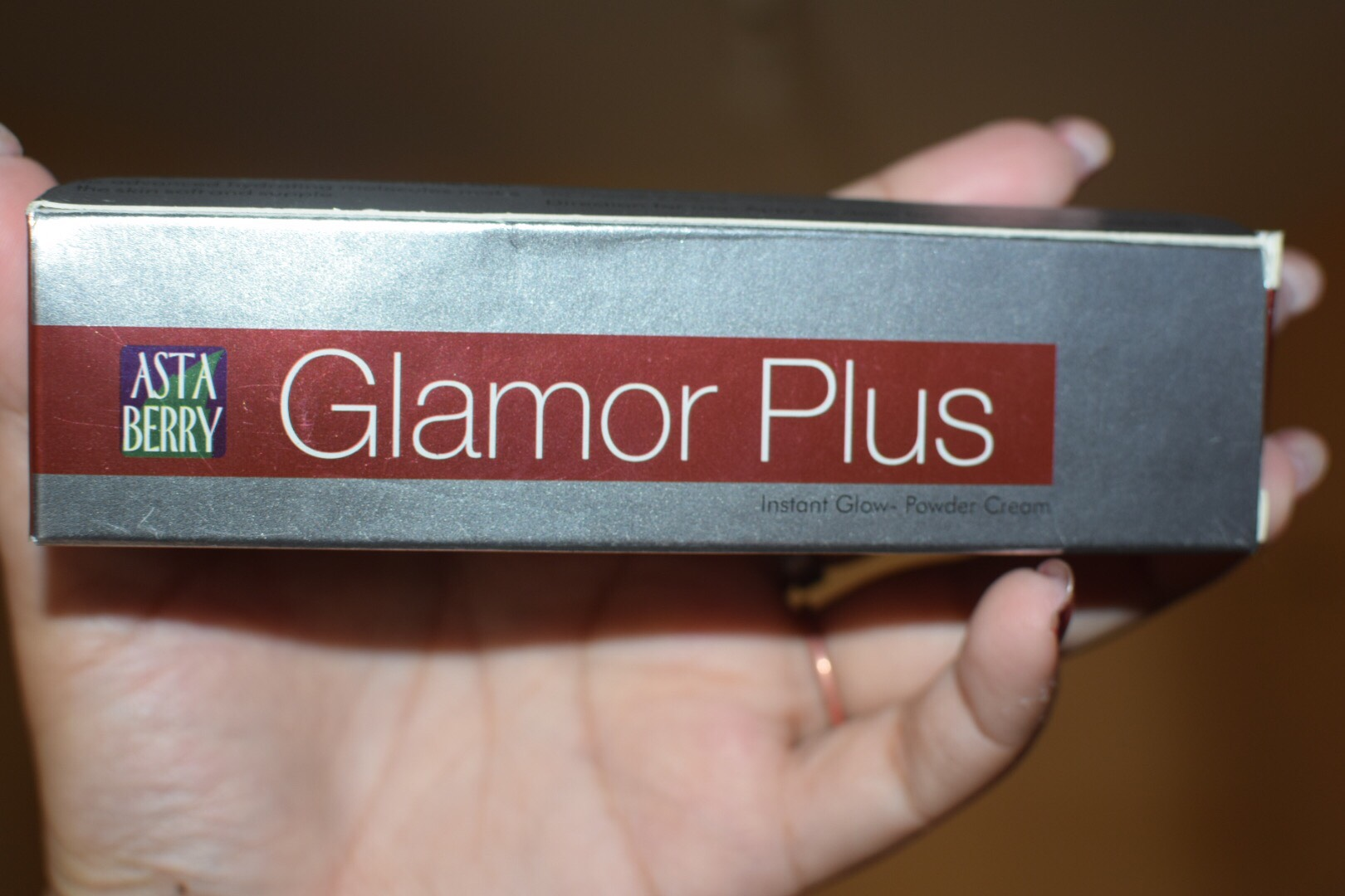 Astaberry Glamor Plus Instant Glow Powder Cream Review