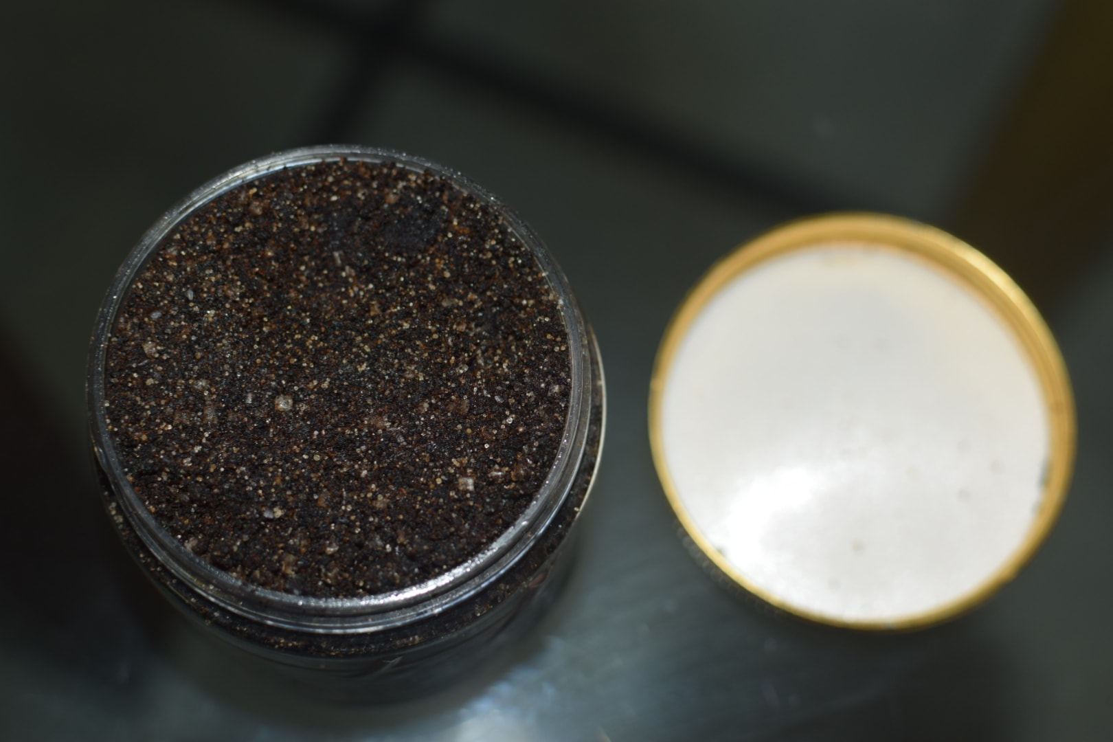 Aroma Essentials Coffee Cinnamon Body Polish Review